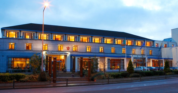 Tullamore Court Hotel Outside